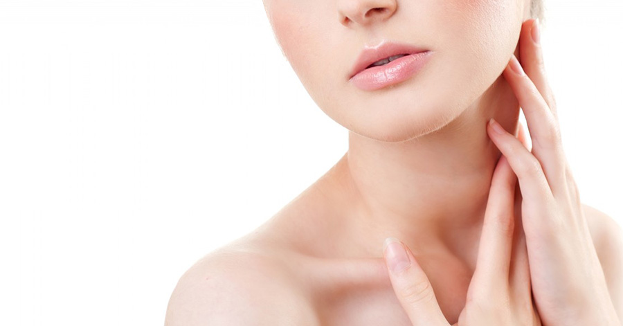 Does Clarins Neck Cream Lift a Sagging Neck?