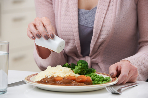 7 Telltale Signs You Are Eating Too Much Salt